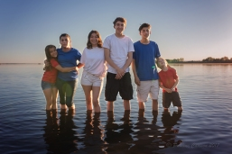 Photo of kids on the Columbia River