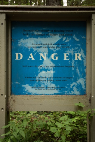 Photo of danger sign at the Lower Lewis River Falls trailhead