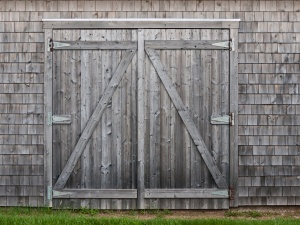 Pauline's Photography gray weathered barn doors photo backdrop